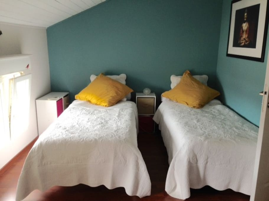 2 ème chambre avec 2 lits