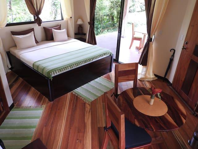 Guest Room La Tortuga - Bijagua - Szoba reggelivel