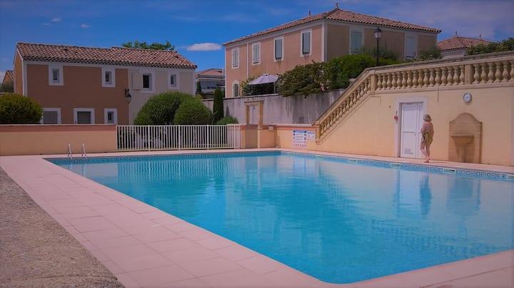 Bastide 6 couchages dans résidence avec piscine
