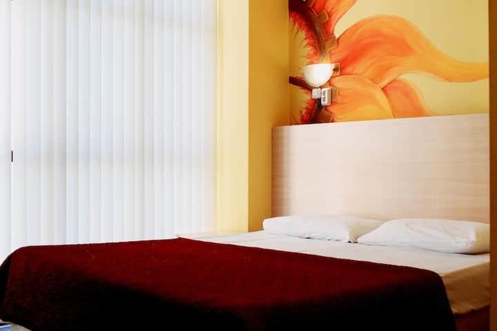 Двухместный номер эконом в KEY HOSTEL&HOTEL