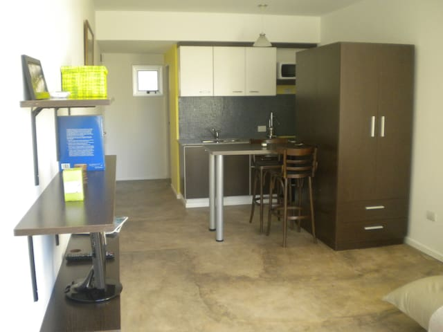 Comfortable, shiny and well situated accommodation - Buenos Aires - Apartament