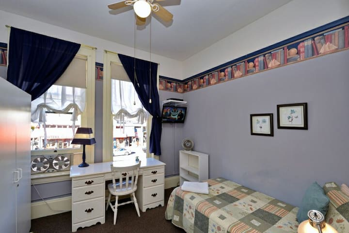 Executive Studio in Gaslamp - San Diego - Bed & Breakfast