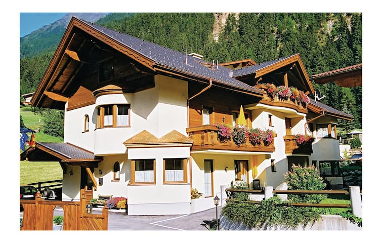 Holiday apartment with 2 bedrooms on 60 m² in Neustift