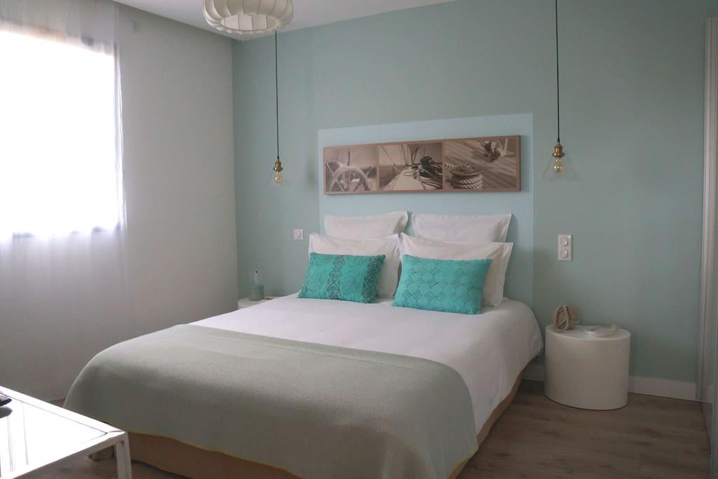 La chambre aux couleurs du bord de mer