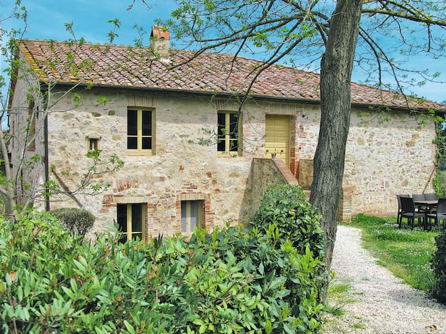 House Podere Cielsereno for 5 persons