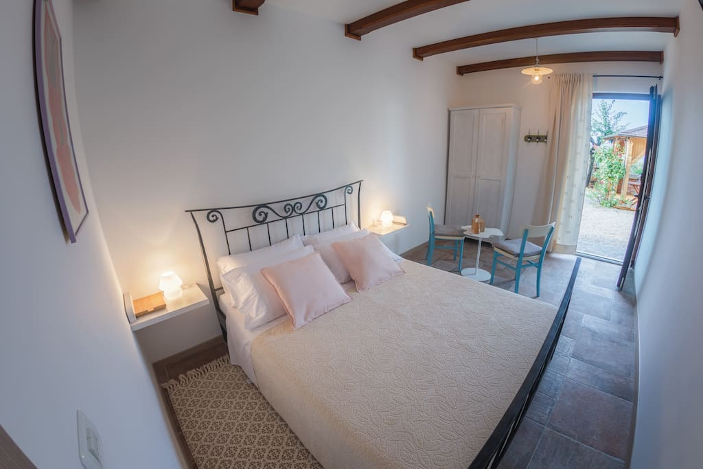Room Ascolana