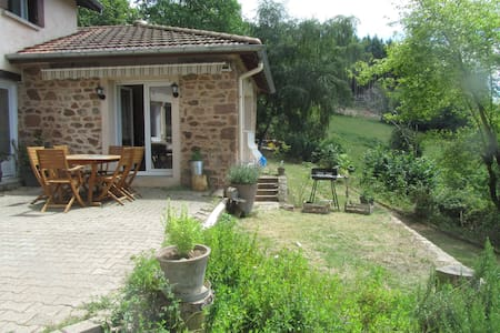 Charming house at the Haut Beaujolais (69)