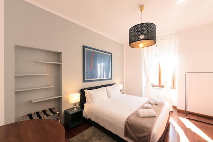 Luxury 3 bedroom Apartment in Corso Como