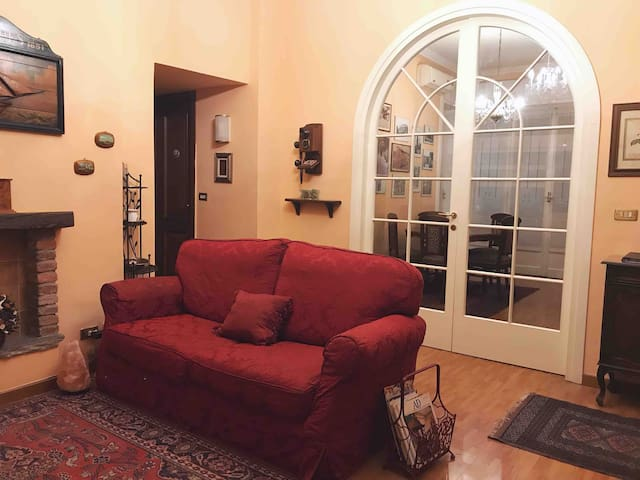 [DUOMO walking distance] Elegant flat with view