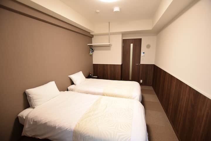 10mins to Hakata♦Residence with reception service