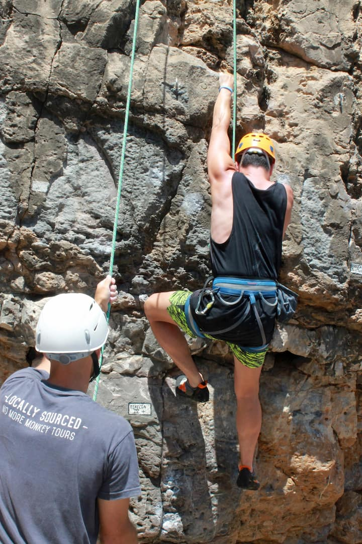 Learn to belay your partner