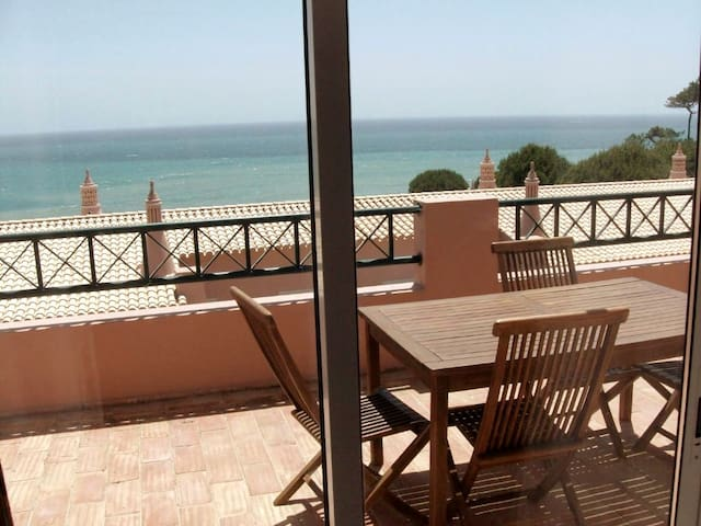 Two Bedroom House With Sea Vew
