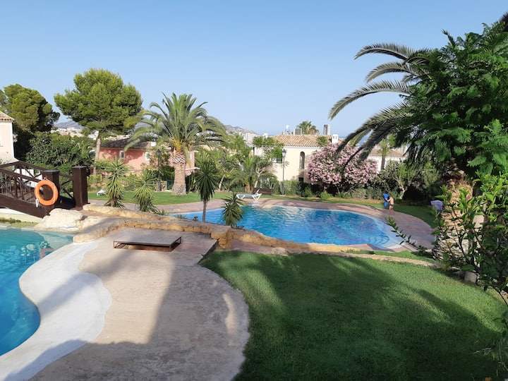 Casa Maia - safe holidays in Benidorm, swim pools