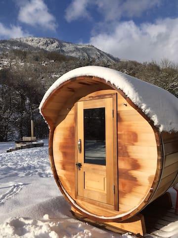 Sauna sous la neige