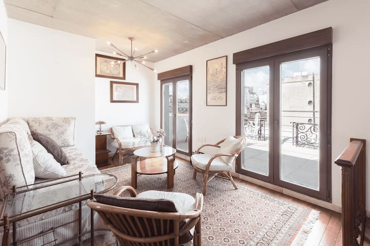 Penthouse with terrace at the Old City