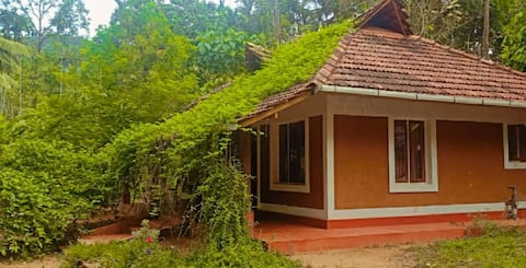 Kanila  Eco Homestay+The Hill To Shore Experience
