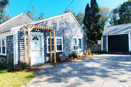 4BR/2BA Sun Sand & Sea House! Your Cape Cod escape