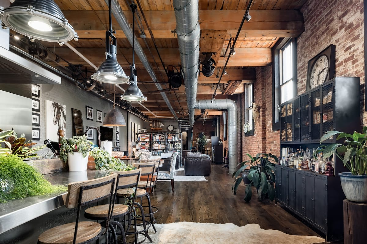Amazing Wicker Park Spring Factory Conversion