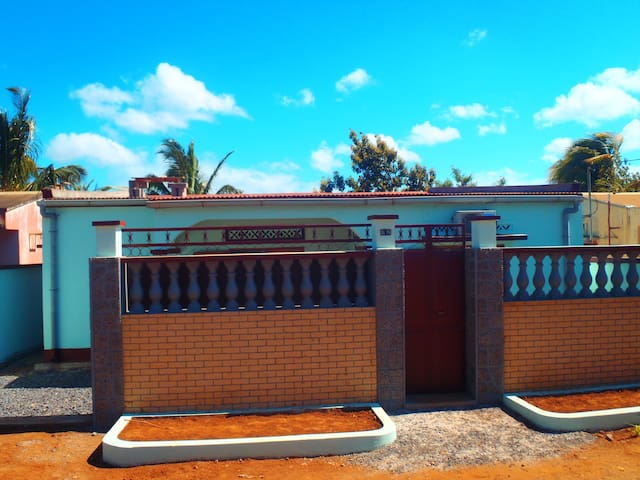 Villa Somiantha, 3474 cité seimad, Scama - Antisiranana - Casa