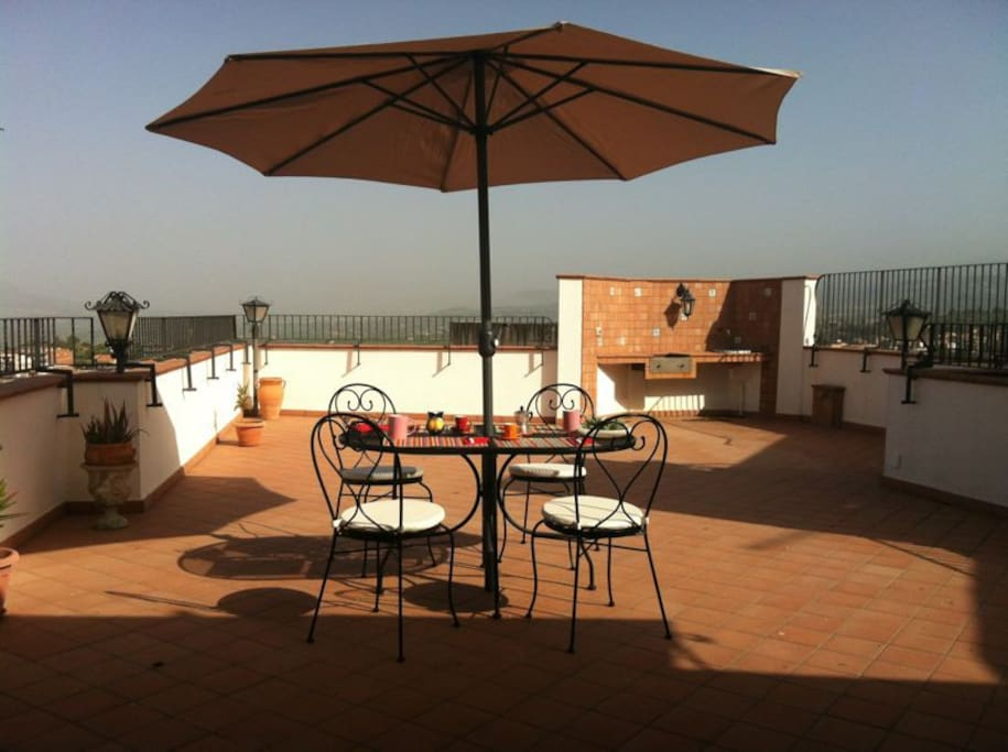 A 50 square meters terrace with barbecue