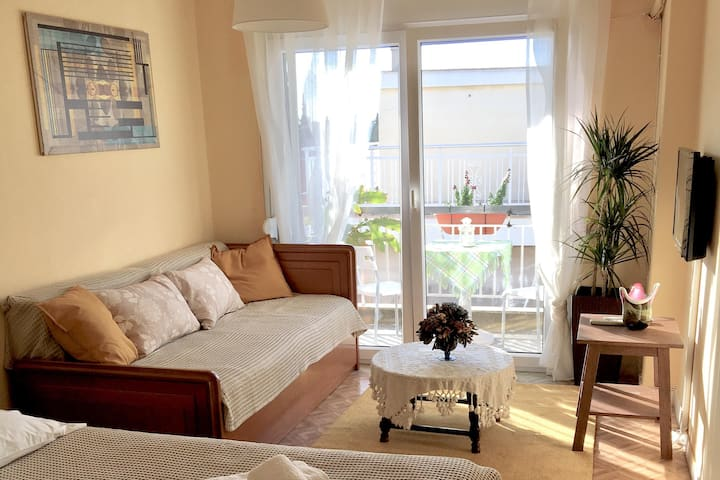 Maria's apartment  , Bright and Airy Room