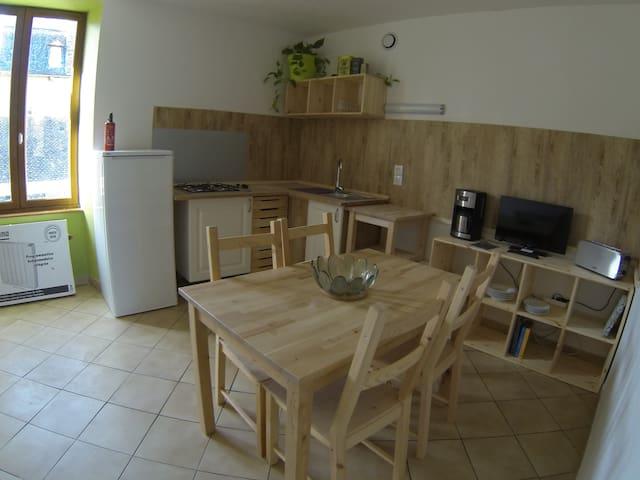 Appart Vert 3 personnes - Saint-Geniez-d'Olt - Apartament