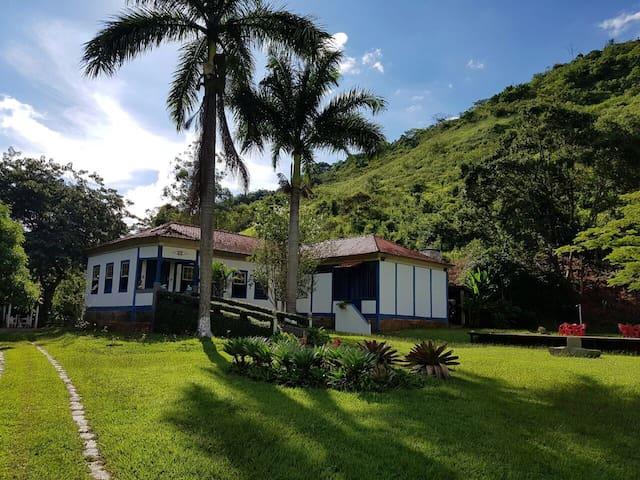 Casa de Fazenda - Sapucaia - Dom