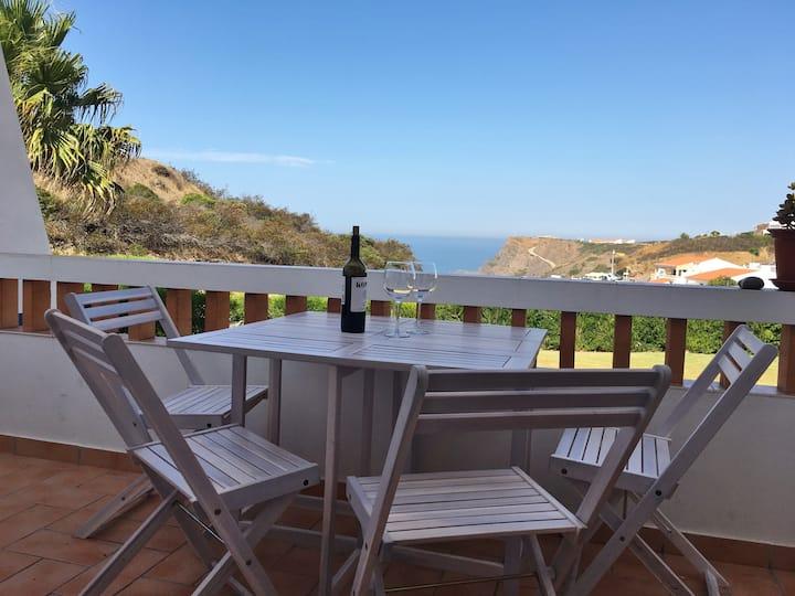 Sweet Home Arrifana || On top of Arrifana Beach