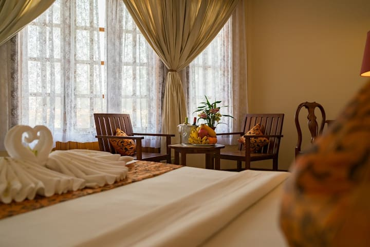 Vibrant and terrific room in Siem Reap