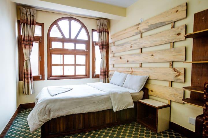 Standard Single Room with Breakfast @ US$16