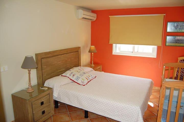 On suit bedroom (2)