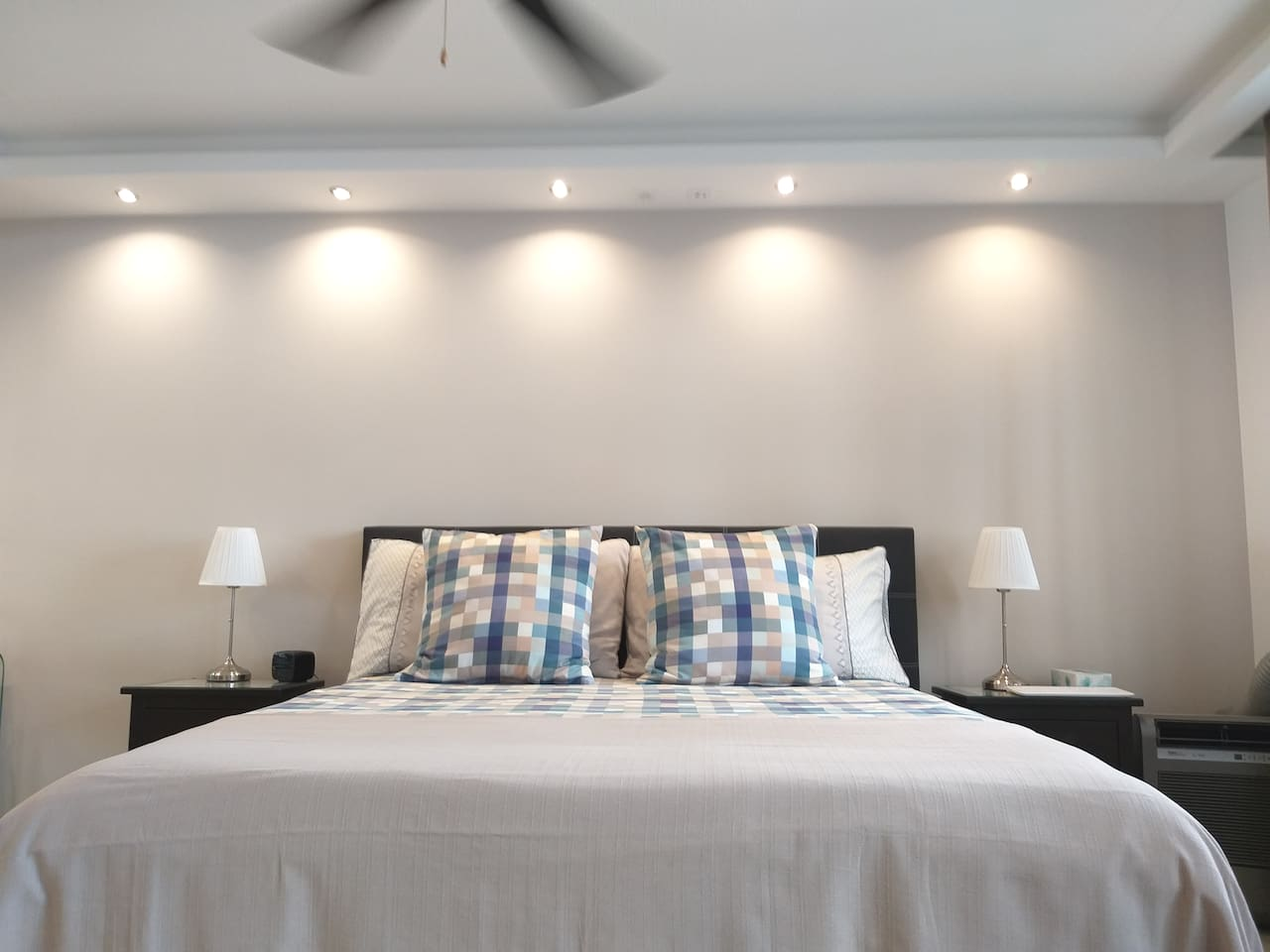 2 beds 1.80 x 2.00  meters1.60 x 2.00  shape memory  2 ceiling fans and air conditioning