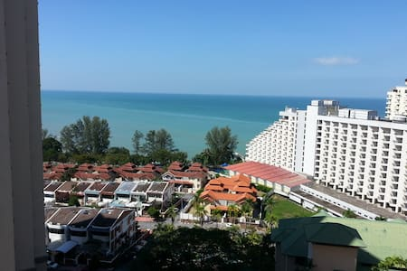 Miami Green Resort Condo Batu Ferringhi Penang