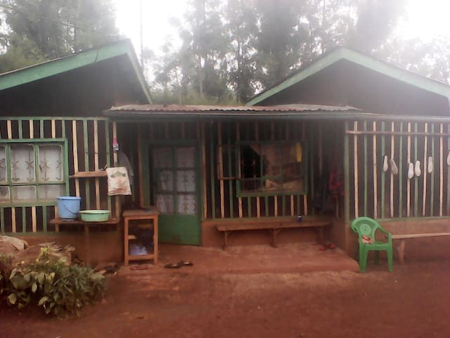 Njukis Home in Karangia