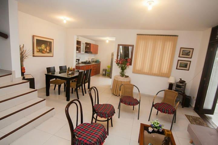Acogedora y segura casa en Villavicencio