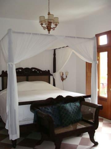 Second floor bedroom- king size bed