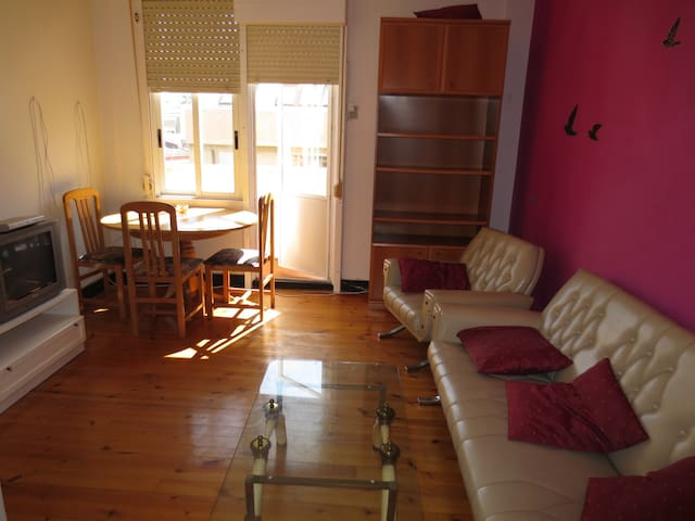 PISO EXTERIOR Y LUMINOSO CENTRICO - A Coruña - Wohnung