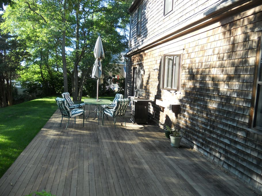 Big, beautiful and private back deck for barbecues and parties.