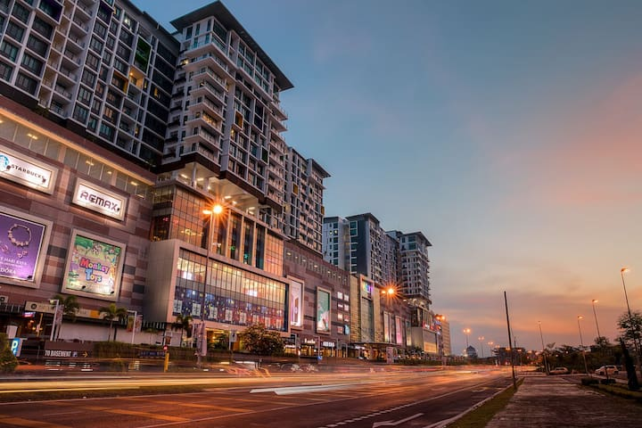 Luco Apartments @ Viva City Megamall (2bedroom)