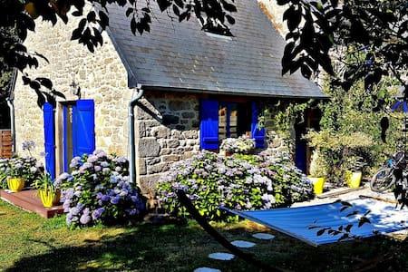 Romantic Escape in rural Bretagne /Jugon les Lacs