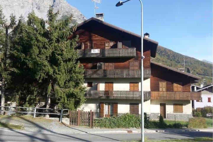 Casa Spizzar, Bormio (CIR: 014071-CNI-00062)