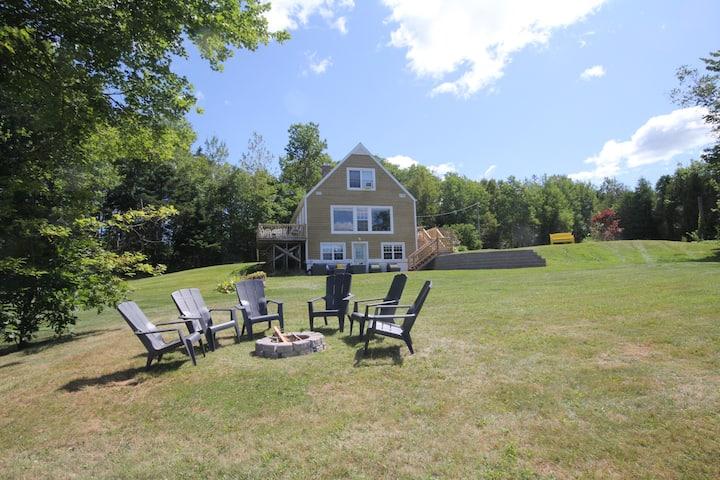 My Sunshine - A Montague Riverfront House