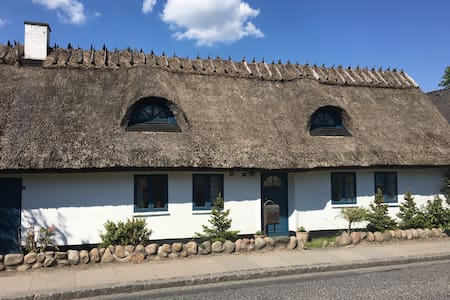 Charming countryhouse near Copenhagen - Måløv - Hus