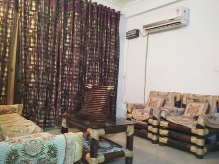 Prerna Apartment- near Taj Mahal