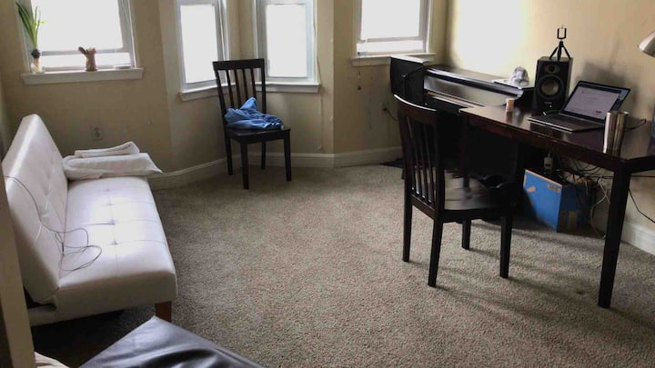 Clean, quiet,  great location. No cleaning fees!