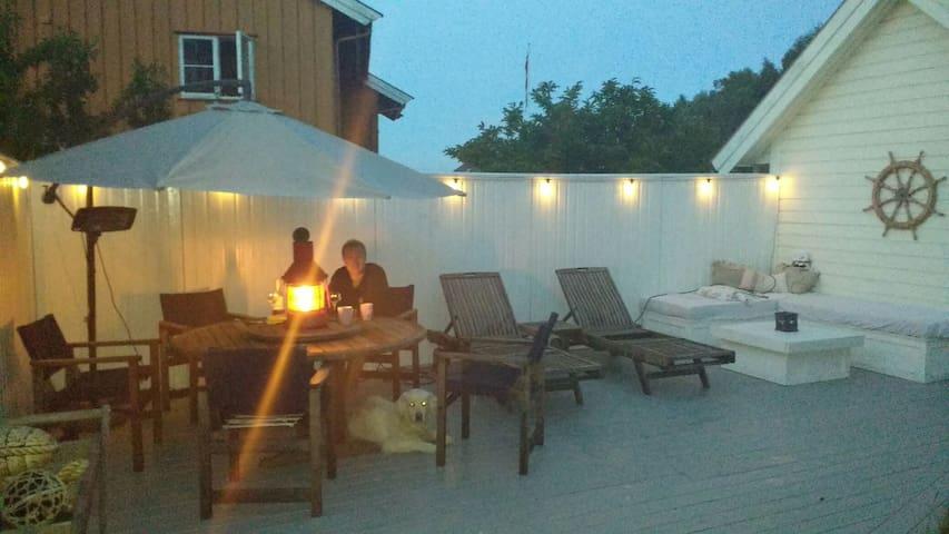 Larvik. Stor lys og trivelig 80 kvm leilighet - Larvik - Apartamento