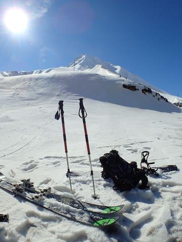 GUDAURI CLUB 2100 ski-in-out Studio - Gudauri