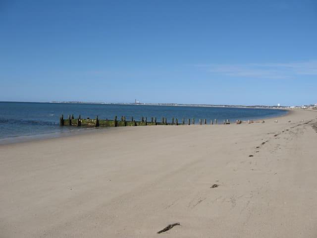 North Truro  Studio with ocean view, private beach
