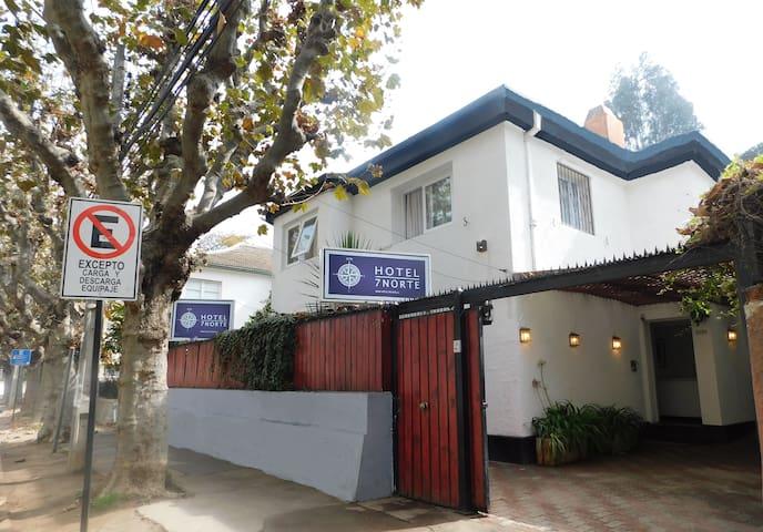 Hostal 7 Norte double std with ensuite bathroom