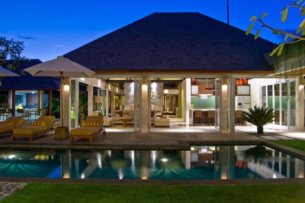 5 Bedroom Villa Tenang Batu Belig